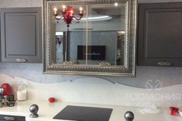 """Кухня """"Лувр"""" с зеркалом"""